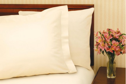 "78"" x 80"" x 9"" T-180 Bone King Fitted Percale Fitted Sheets"